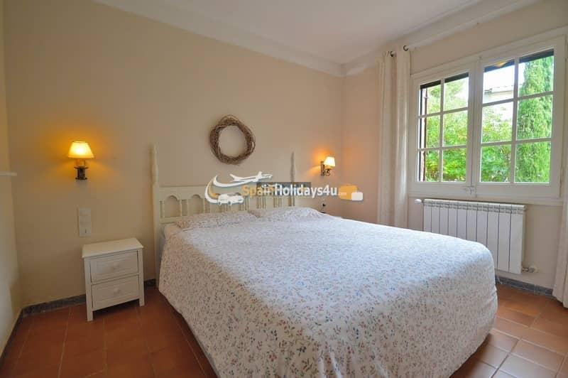 Chambre coucher maisons de vacances costa brava for Vente privee chambre a coucher